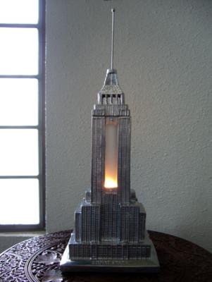 エンパイアステートビルディング 照明
