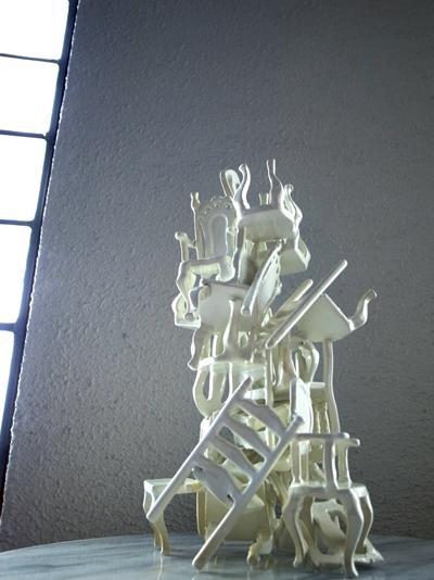 スタッキングチェア椅子のアートオブジェ