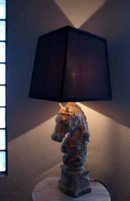馬の照明テーブルライト