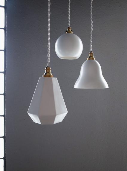 陶器磁器のランプシェード
