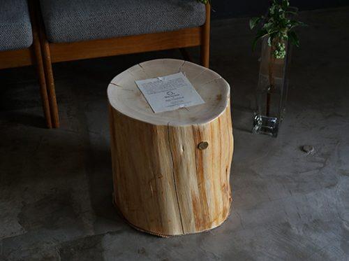 青森ヒバ Cul de Sac – JAPON カルデサックの丸太スツール