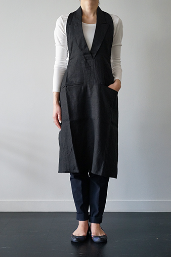 formuniform リネンエプロン formuniform Linen Apron - Formal Black - from Lithuania
