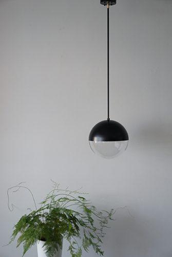 パイプ吊り球体ペンダントライト照明