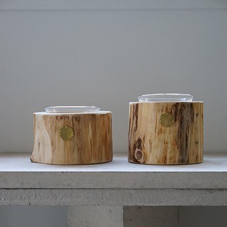 青森ヒバ Cul de Sac – JAPON カルデサックの丸太ペットテーブル HIBA